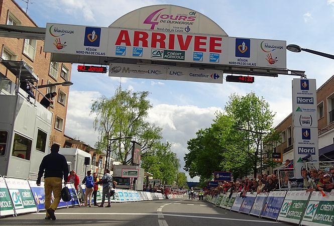 Maubeuge - Quatre jours de Dunkerque, étape 2, 7 mai 2015, arrivée (A30).JPG
