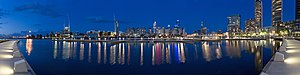English: A panorama of the Melbourne skyline f...
