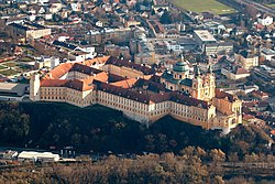 Melk Abbey aerial view 001.jpg