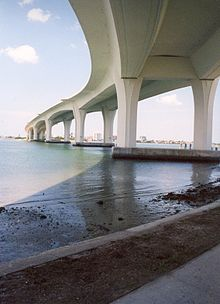 Memorial Causeway Bridge.jpg
