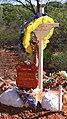Memorial to Danny Harris, Wilga Road near Sunrise Dam, Laverton 02.jpg