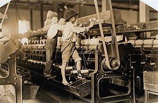320px-Mill_Children_in_Macon_2 dans HUMEUR DES ANCETRES