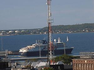 Minerva departing Tallinn 31 May 2012.JPG
