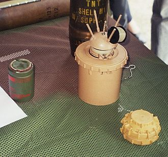 Land mine - Examples of anti-personnel mines. Center: Valmara 69 (a bounding mine); right: VS-50