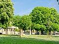 Montgrésin, commune d'Orry-la-Ville (60), place des Fêtes au centre du hameau.jpg