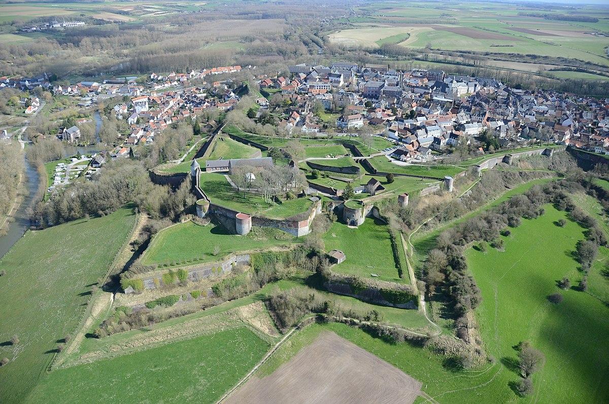 Montreuil Pas De Calais Wikipedia