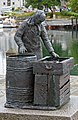 Monument to Fisherman's Wife - Alesund, Norway - panoramio.jpg