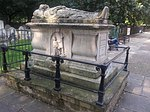 Monument to John Bunyan, Central Broadwalk