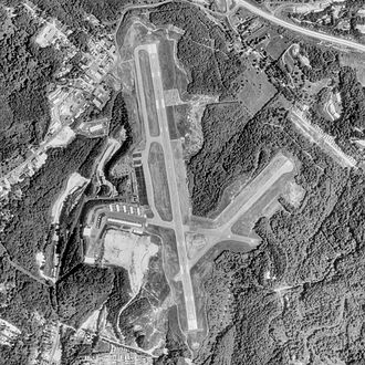 Morgantown Municipal Airport - USGS 1988 orthophoto