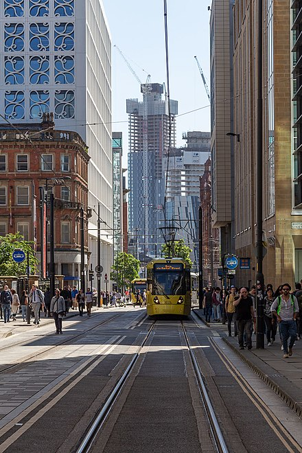 Mosley Street looking south-west towards St Peter's Square. Mosley Street, Manchester - July 2018.jpg