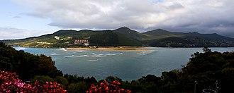Mundaka - Coast near Mundaka, Biscay