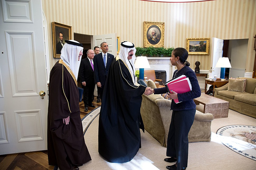 National Security Advisor Susan E. Rice greets Prince Mitib bin Abdallah bin Abd al-Aziz Al Saud, Saudi Arabia%27s Minister of the National Guard, prior to a meeting with President Barack Obama in the Oval Office