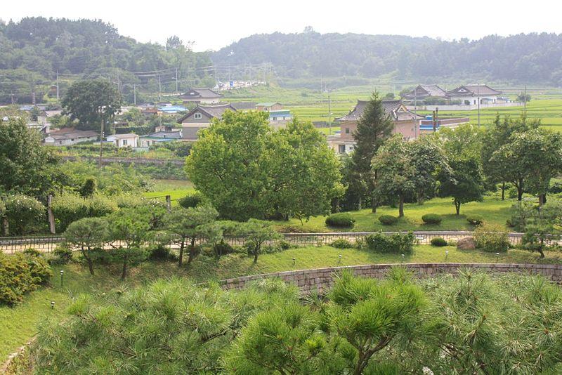 National museum area - Gyeongju.JPG