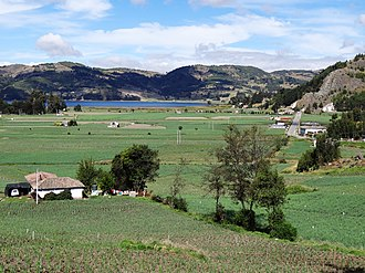 Aquitania, Boyacá - Image: Onion Lake Tota 1