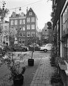 foto van Aan de walengang inpandig gelegen pakhuis met puntgevel