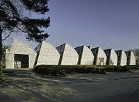 Overzicht van het fabriekscomplex met gebogen sheddaken-constructie - Bergeijk - 20396798 - RCE.jpg