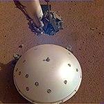 PIA23177-Mars-InSightLander-Seismometer-20190423.jpg