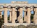 Paestum - Colonne del Tempio di Hera.jpg