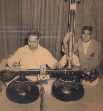 Vichitra veena - Gopal Krishan on vichitra veena