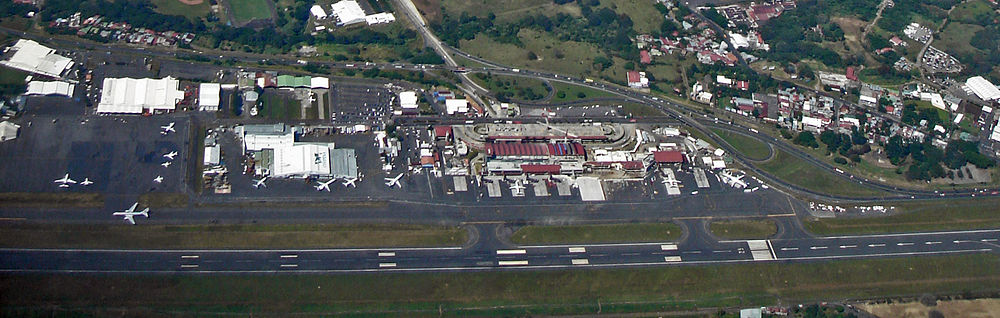 Foto Aerea del Aeropuerto Juan Santamaria