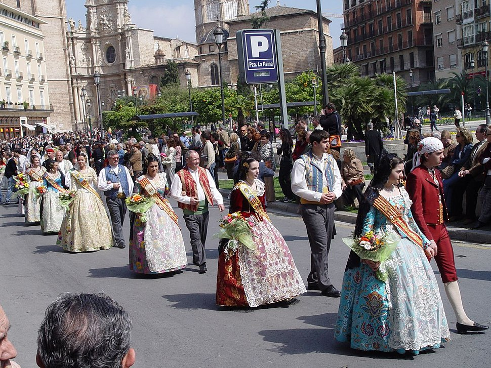 Parade in historical Valencian costumes