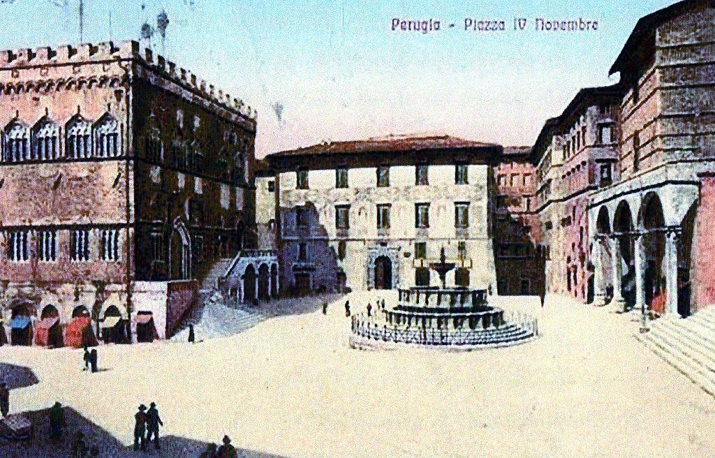 File piazza iv novembreb wikimedia commons for Arredare milano piazza iv novembre