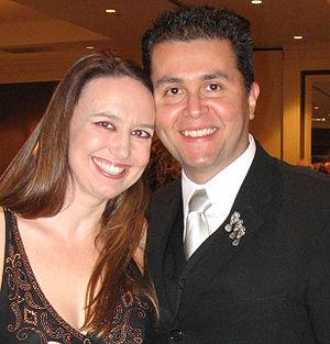 John Picacio - John Picacio with copyeditor Deanna Hoak at the 2007 World Fantasy Convention