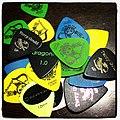 Pick (ギター用のピック) (6920851017).jpg