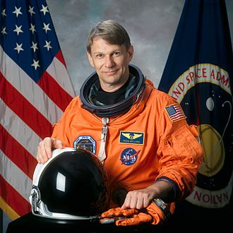 Piers Sellers, veteran of three space shuttle missions Piers sellers v1.jpg
