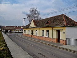 Plenkovice, OÚ.jpg