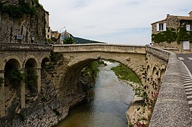 Image illustrative de l'article Pont romain de Vaison-la-Romaine