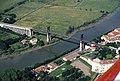 Pont suspendu de Tonnay-Charente - Vue aérienne Ouest.jpg