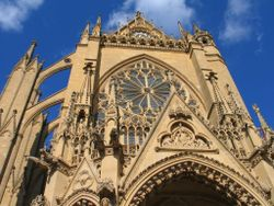 Portail-ouest-cathedrale-metz.jpg