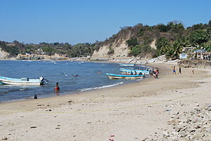 Costa Chica of Guerrero - View of the beach at Punta Maldonado - El Faro