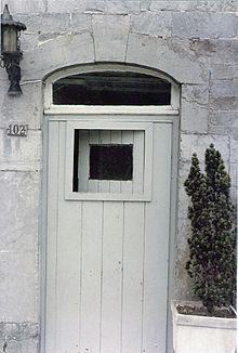 Vasistas wikip dia for Vitre au dessus d une porte