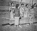 Pusaka Terpendam P&K Apr 1953 p13 2.jpg