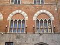 Quadrifora del palazzo di San Giorgio, Genova.jpg