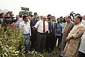 Radha Mohan Singh and the Union Minister for Finance and Corporate Affairs, Shri Arun Jaitley making a field visit of new varieties of pulses, on the occasion of the Rashtriya Ekta Diwas, in New Delhi.jpg