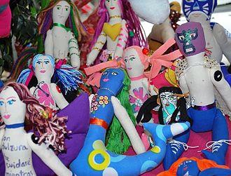 Ana Karen Allende - Dolls at the San Ángel stand