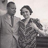 Rimanóczy Gyula a feleségével 1942-ben.jpg