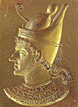 Titus Manlius Torquatus (consul 165 BC) - Image: Ring with engraved portrait of Ptolemy VI Philometor (3rd–2nd century BCE) 20110309