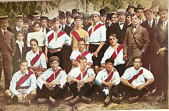Club Atlético River Plate - The team that achieved the promotion to first division in 1908.