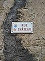 Rochefort-sur-Nenon - Rue du Château (plaque).jpg