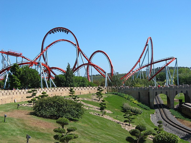 File:Rollercoaster dragon khan universal port aventura spain.jpg