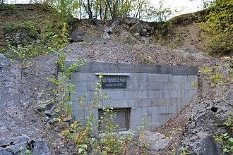 Grotte de Rosée - The entrance to the cave