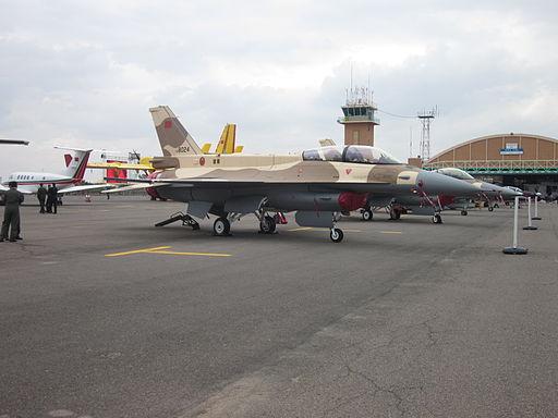 Accidentes/incidentes aéreos(Resto del mundo) - Página 22 512px-Royal_Moroccan_Air_Force_F-16