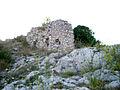 Ruines sur rocher Galline.jpg