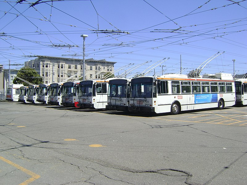 http://upload.wikimedia.org/wikipedia/commons/thumb/f/f7/SF_Trolleybus_parking.jpg/800px-SF_Trolleybus_parking.jpg