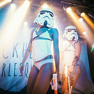 SuicideGirls - Suicide Girls Blackheart Burlesque dancers performing the Star Wars number