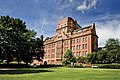 Sackville Street Building, University of Manchester.jpg